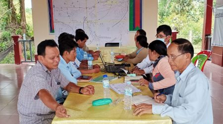 Meeting to develop DRR plan at Pluk commune