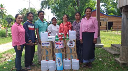 Provide Soap and awareness raising on key message of MoH to VEC at Smakoh (1)